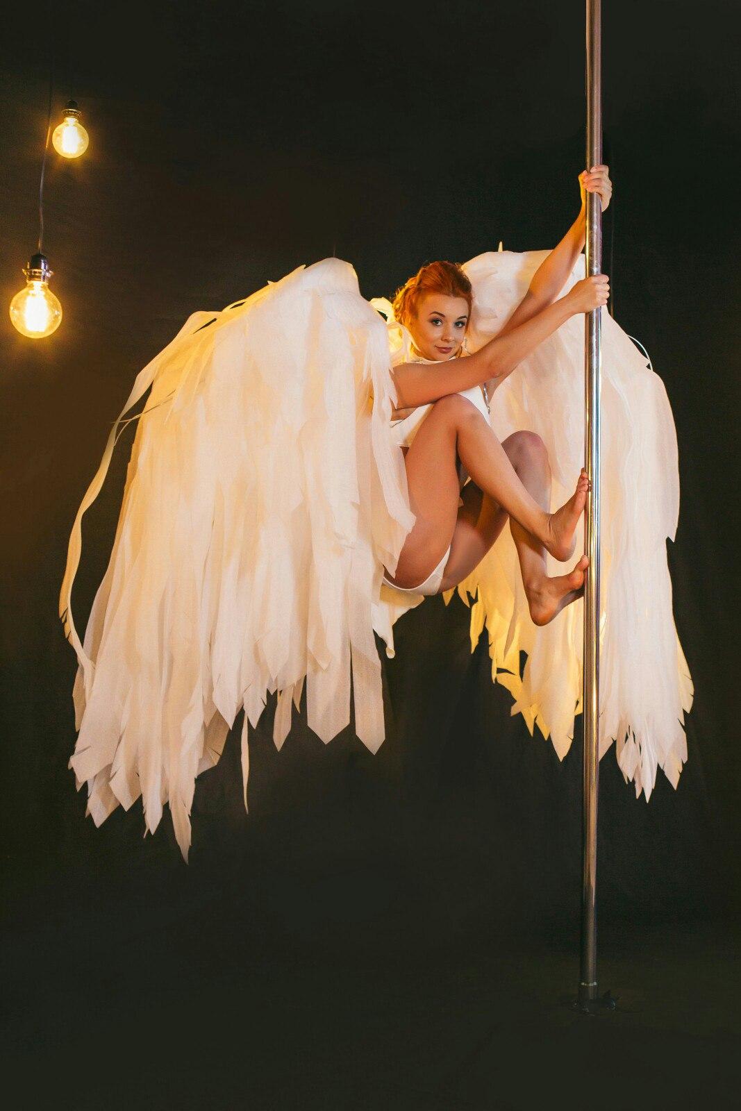 Юлия Розе -тренер pole dance, pole
