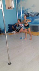 pole dance дети с тренером